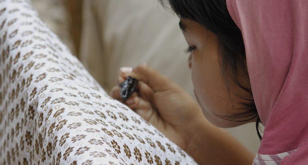 make-batik-3521364_1920